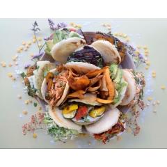 Arepa - Galette de maïs cuite au four et garnie aux différents recettes traditionnelles
