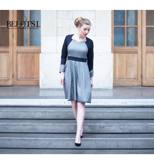LA ROBE CLIO - La robe Clio de Belotsi Paris, parfaite pour la ville comme au travail, avec son bustier près du corps et sa jupe évasée. La découpe à la taille et sa ceinture haute lui donne un look 80's revisité, féminin et intemporel.