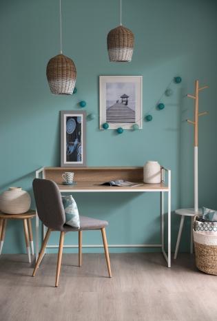 Bureau scandinave - <p>métal blanc + plateau décor bois clair</p> <p>L 120 x P 60 x H 87 cm</p>