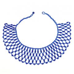 Murano Bleu - Accueil / Collier murano Bleu Murano bleu     COMPOSITION :  Perle de verre bleu     DIMENTIONS :   Profondeur du tissage, 5,5 cm  Tour de cou, 43 cm     Fermoir à bille  Poids, 43 gr