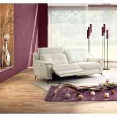Canapé de relaxation KILIAN - Invitation à la sérénité. Modèle élégant monté sur pieds métal, avec assise confort. Têtières relevables avec position lecture.