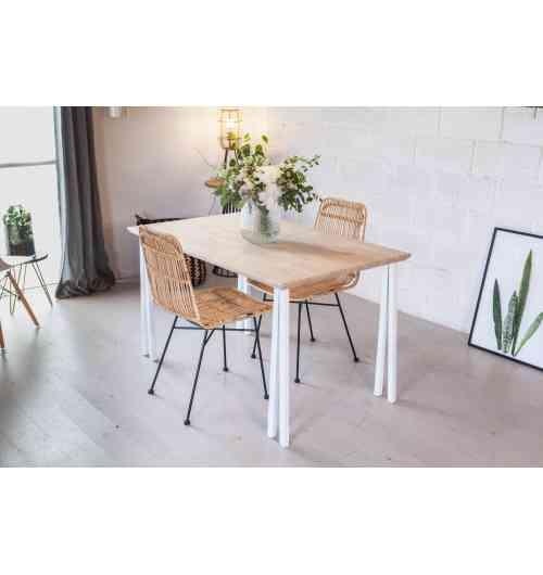 Pied carré 71 cm - INCLINES - <p>Un bureau avec des pieds qui sortent de l&rsquo;ordinaire et qui sont robuste et stable&nbsp;: les pieds 71 cm CARRE.</p> <p>Ces pieds sont id&eacute;aux pour cr&eacute;er un coin bureau ou une table &agrave; manger.</p> <p>Ce pied convient parfaitement pour une utilisation int&eacute;rieure et ext&eacute;rieure, gr&acirc;ce au thermolaquage, il est r&eacute;sistant &agrave; toutes les conditions climatiques.</p> <p>4 trous de fixations sont pr&eacute;vus sur la platine de 80x90mm (vis non fournies). Un pied peut support 60Kg.</p> <p>30&euro; l'unit&eacute;</p>