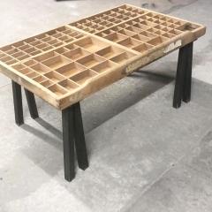Pied carré 30 cm - INCLINES - <p>Ces pieds sont parfaits pour r&eacute;aliser une table basse, une table d'appoint, un meuble tv, un banc, un tabouret.&nbsp;</p> <p>Tous nos pieds sont fabriqu&eacute;s &agrave; la main !</p> <p>Ils sont disponibles en 4 coloris.</p> <p>Il y a 4 trous de fixation, les vis ne sont pas fournies.&nbsp;</p> <p>Ils sont fabriqu&eacute;s &agrave; la main et fabriqu&eacute;s dans un profil carr&eacute; de 30x30mm.</p> <p>24&euro; l'unit&eacute;</p>