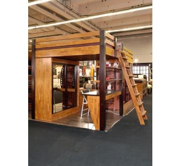 Bureau de direction bibliothèque et table échelle banque d