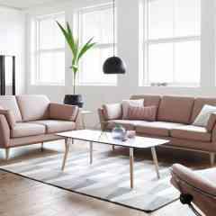 Fauteuil Stressless® City en cuir Paloma Dusty Rose - <p><strong>Stressless® signe une nouvelle ligne de couleurs tendance!</strong></p> <p></p> <p>Poudrées, lumineuses ou vitaminées, découvrez nos nouvelles couleurs de cuirs et tissus qui vous permettront de décorer votre intérieur afin qu'il soit unique!</p> <p>Quels que soient le modèle et la taille choisis, <strong>le fauteuil Stressless® suit chacun de vos mouvements en douceur et en toute liberté.</strong> Votre corps tout entier est idéalement enveloppé dans toutes les positions. C'est ce que propose depuis plus de 40 ans la marque norvégienne Stressless®.</p>