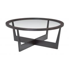 BARRY - Sur la gamme BARRY, la rondeur régulière du plateau répond aux droites et obliques du piètement pour une allure « art déco » stylisée. En transparence sur la table basse et le bout de canapé, en bois teinté sur le guéridon, les plateaux se combinent pour créer des ambiances à géométrie variable.