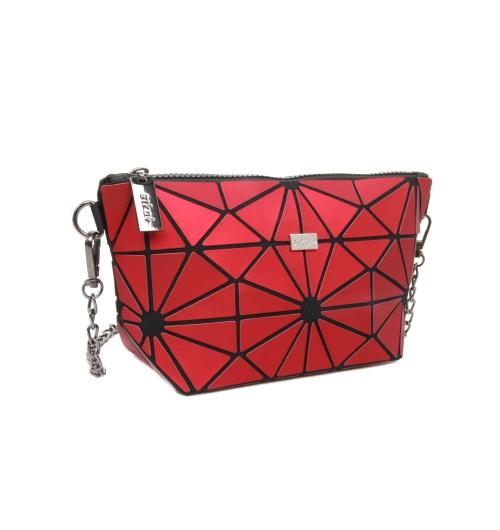 Sac a main MOZAIKO - 24RED - Ce sac est conçu dans une matière aux couleurs cendrées Dimensions :24*13*8cm Couleur : rouge cendré