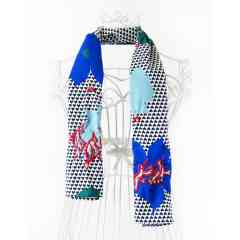 KFarah Femme || Foulard Fotif 7 - Foulard 100% fabrication main et coton. Broderies et incrustations en perles de cristal.