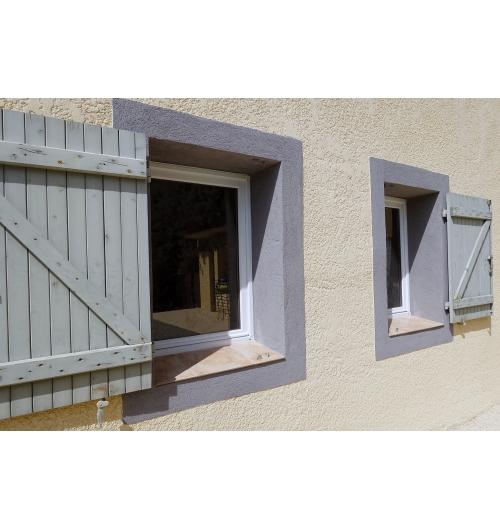 Fonline© ¿ Ceraline© - <p>Fonline&copy; : Sable de quartz color&eacute; et r&eacute;sine acrylique. Utilisation en primaire pour Ceraline&copy;, Plastline&copy; ou autre rev&ecirc;tement acrylique.</p> <p>Ceraline&copy; : Rev&ecirc;tement mural d&eacute;coratif &agrave; base de sable de quartz color&eacute;s et r&eacute;sine acrylique.</p>
