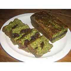 Pounti - C'est une sorte de cake fait à base de farce et de pruneaux. Typique du Cantal