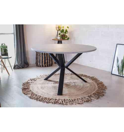 Pied de table V 71cm - INDUSTRIEL - <p>La particularité du pied V est qu'il est vendu à l'unité, vous choisissez donc le nombre de pieds que vous souhaitez en fonction du design et de l'esthétique final que vous voulez donner à votre table à manger.</p> <p>Il peut être fixé aussi bien sous un plateau rond, ovale, carré ou rectangle. Vous décidez de sa disposition afin de créer une table unique.</p> <p>Il vous faudra 3 ou 4 pieds en fonction de la forme que vous imaginiez.</p> <p>Le pied repose sur une platine de 115x135 mm qui possède 4 trous de fixation (vis non incluses). Il est fabriqué à partir d'un profil de 80x30 mm.</p> <p>Il fait 50 cm de large et peut supporter 60Kg.</p> <p>Fabriqué à la main et artisanalement dans notre atelier du nord de la France.</p> <p>40€ l'unité</p>