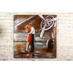 Plaque Métal Couple sur le Tarmac - Plaque métal décorative représentant un couple sur le Tarmac