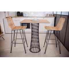 Pied torsadé 90 cm - CENTRAUX - <p>Un nouveau dans la collection des pieds circulaires: le TORSADE.</p> <p>Ce pied est adapté pour des tables rondes d'un diamètre jusqu'à 0,70m ou des tables carrées d'un côté maximum de 70cm.</p> <p>Son design atypique agit comme un trompe-l'œil. Muni d'un plateau, ce pied habillera votre intérieur et le rendra unique.</p> <p>Cette création convient parfaitement pour une utilisation intérieure et extérieure.</p> <p>Le pied pour table haute convient à différents types de plateau: bois, béton</p> <p>La platine au sol mesure 35 cm, et la platine où viendra se poser le plateau fait 29 cm. Ce pied est fabriqué avec du rond étiré de 10cm et peut accueillir un plateau pesant jusqu'à 100Kg maximum.</p> <p>150€ l'unité</p>