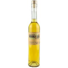 Les Petites Eaux du Vodka Lab - Menthe Douce - Vodka rafraîchissante et puissante, la menthe est soutenue par un mélange subtil d'herbes pour plus de complexité