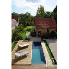 Terrasse mobile de piscine - Couvrir esthétiquement votre piscine en un instant