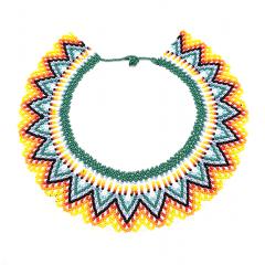 Okama - Okama     COMPOSITION :  Perle de verre multicolore     DIMENTIONS :   Profondeur du tissage, 4 cm  Tour de cou, 41 cm     Fermoir à bille  Poids, 41 gr