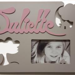 cadre photo - <p>cadre photo pour chambre d' enfant avec pr&eacute;nom</p> <p>Hand Made, Made in France et r&eacute;alis&eacute; sur stand</p>