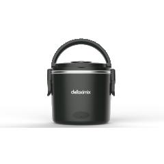 LUNCH BOX CHAUFFANTE DETOXIMIX - Sobre et pratique, la lunch box chauffante DETOXIMIX MEAL vous suivra partout et réchauffera en quelques minutes (et jusqu'à 70° maximum) vos repas. Dotée de deux compartiments amovibles (en inox contenance 1L et en plastique sans BPA contenance 0,35L) pour vos aliments solides ou liquides et munie d'un système de fermeture original à 2 clips, de 2 poignées de transport et d'un voyant lumineux de mise sous tension, vous apprécierez sa praticité, sa légèreté et sa facilité d'entretien. La lunch box est livrée avec son câble d'alimentation et une petite cuillère en plastique.
