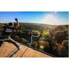 Saut à l'élastique - Expérience unique d'un saut à l'élastique à 61 mètres de hauteur avec la société AJ Hackett, leader français et mondial de la discipline
