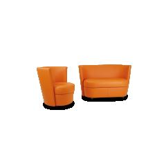 CANAPE ET FAUTEUIL DISCO - <p>Fauteuil pivotantde discussion ou deconfort, son design autorise les couleurs vivespour animer votre intérieur.<br />Coordonné auNegresco, c'est le pluspetit fauteuilde la collection.</p>