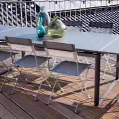 TABLE BIARRITZ - <p>Avec son allure épurée , la table Biarritz, c'est « la grande table de famille » astucieuse et au look contemporain. Pouvant passer de 2 à 3 mètres en quelques secondes grâce à ses 2 allonges latérales, la table Biarritz, aux proportions généreuses et à la grande stabilité, est la complice des déjeuners improvisés et des dîners impromptus.</p>