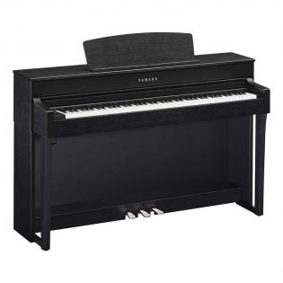YAMAHA CLP-645 - <p><strong>Nouveauté 2017</strong>, le piano numérique meuble <strong>Clavinova CLP-645</strong> est le modèle <strong>supérieur </strong>au CLP-635 de la nouvelle série Clavinova CLP 600 de YAMAHA .</p> <p>Cette nouvelle série, lancé le 5 avril 2017 se caractérise par la mécanique de <strong>clavier GH3X</strong> avec échappement.Yamaha offre un <strong>toucher de qualité</strong> avec des touches blanches en <strong>ivoire de synthèse</strong> et des touches noires en <strong>ébène de synthèse</strong>.</p> <p>Le <strong>CLP-645</strong> est équipé tout comme le CLP-635 de la modélisation physique <strong>VRM (Virtual Resonance Modeling),</strong> d'un <strong>écran LCD 128*64</strong>, de <strong>16 pistes d'enregistrement</strong>, de <strong>20 rythmes</strong>. Le CLP-635 embarque aussi <strong>36 sonorités</strong> ainsi que <strong>19</strong> <strong>démos</strong>, <strong>50 morceaux de piano</strong>, <strong>303 exercices</strong> et <strong>20 rythmes</strong>.</p> <p><strong>Son</strong></p> <ul> <li>CFX et Bösendorfer Imperial</li> <li>CFX Binaural sampling</li> <li>VRM optimisé (Virtual Resonance Modeling)</li> <li>Smooth Release</li> <li>Key-off</li> <li>Polyphonie 256 notes</li> <li>36 sonorités</li> </ul> <p><strong>Toucher, pédales</strong></p> <ul> <li>Clavier mécanique NWX (bois naturel) avec ivoire et ébène de synthèse</li> <li>Echappement</li> </ul> <p><strong>Autres caractéristiques</strong></p> <ul> <li>Ecran LCD 128 * 64</li> <li>Mode Dual/ Split / Duo</li> </ul>