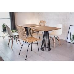 Petit pied circulaire 2/3 pers. - CENTRAUX - <p>Ce pied est id&eacute;al pour des tables de restaurant o&ugrave; y installer 2 convives. Il est adapt&eacute; pour une table ronde d&rsquo;un diam&egrave;tre pouvant aller jusqu&rsquo;&agrave; 0.70m ou des tables carr&eacute;es d&rsquo;un c&ocirc;t&eacute; de 0.70m maximum.</p> <p>Son design donnera &agrave; votre table un aspect unique et originale que vous ne retrouverez partout ailleurs.</p> <p>Cette cr&eacute;ation convient parfaitement pour une utilisation int&eacute;rieure et ext&eacute;rieure.</p> <p>Le petit pied convient &agrave; diff&eacute;rents types de plateau&nbsp;: bois, b&eacute;ton</p> <p></p> <p>La platine au sol mesure 35 cm, et la platine o&ugrave; viendra se poser le plateau fait 20 cm. Ce pied est fabriqu&eacute; avec du rond &eacute;tir&eacute; de 10cm et peut accueillir un plateau pesant jusqu&rsquo;&agrave; 100Kg maximum.</p> <p>10 trous de fixation sont pr&eacute;vus pour venir y fixer votre plateau.</p> <p>110&euro; l'unit&eacute;</p>