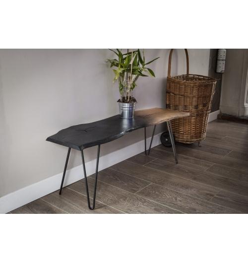 """Pied de table 40 cm - HAIRPIN LEGS - <p>Ces pieds sont parfaits pour faire des&nbsp;petits meubles (table d'appoint, table de chevet, tabouret, banc, meuble TV ...).</p> <p>Tous nos pieds sont fabriqu&eacute;s &agrave; la main !</p> <p>Ils sont disponibles en 6 coloris.</p> <p>La platine de fixation mesure 120mm sur 120mm.&nbsp;Ils sont r&eacute;alis&eacute;s en ronds &eacute;tir&eacute;s de diam&egrave;tre 10mm.&nbsp;</p> <p>La fixation du pied sur le dessus de table se fait &agrave; l'aide de 3 vis fournies.</p> <p>Nos pieds sont de r&eacute;els """"hairpin legs"""", fabriqu&eacute;s de fa&ccedil;on artisanale, l'extr&eacute;mit&eacute; des pieds est chauff&eacute;e afin d'avoir un rayon de courbure tr&egrave;s fin.</p> <p>21&euro; l'unit&eacute;</p>"""