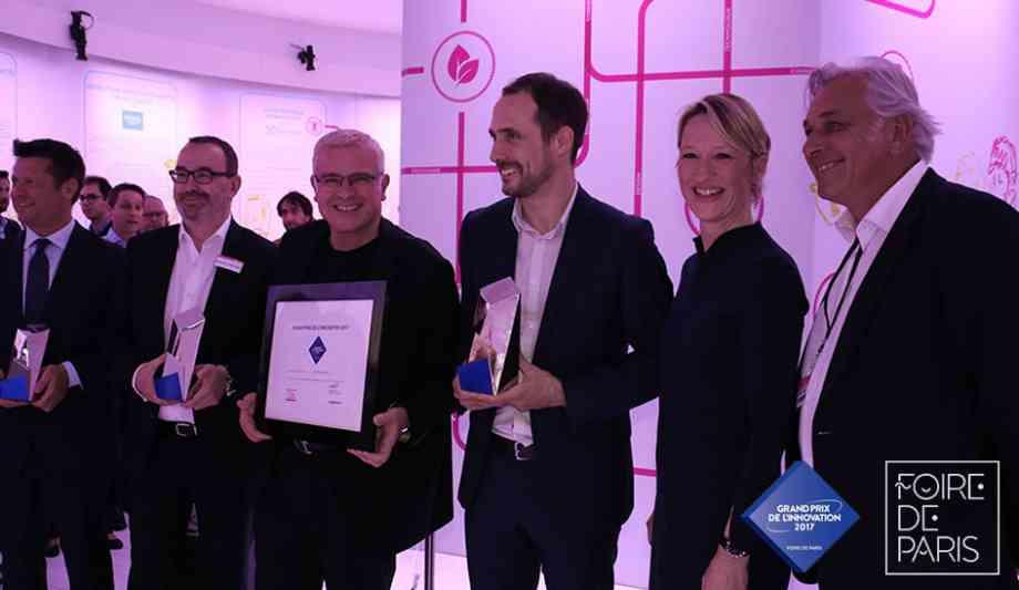 Les gagnants du Grand Prix de l'innovation Foire de Paris 2017 - réuni autour de Carine Preterre et Stéphane Thébaut