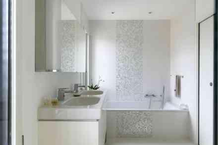 Foire de Paris salle de bain blanche