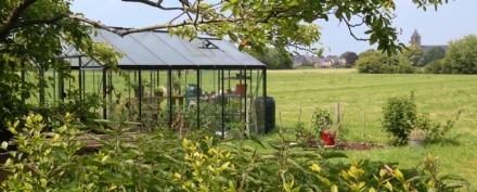 Outils de jardin bruxelles meilleures id es cr atives pour la conception de la maison - Serre jardin castorama reims ...