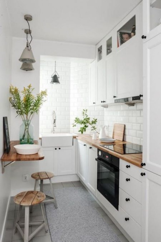 Aménager Sa Cuisine En Longueur comment aménager un coin repas dans une cuisine couloir ?