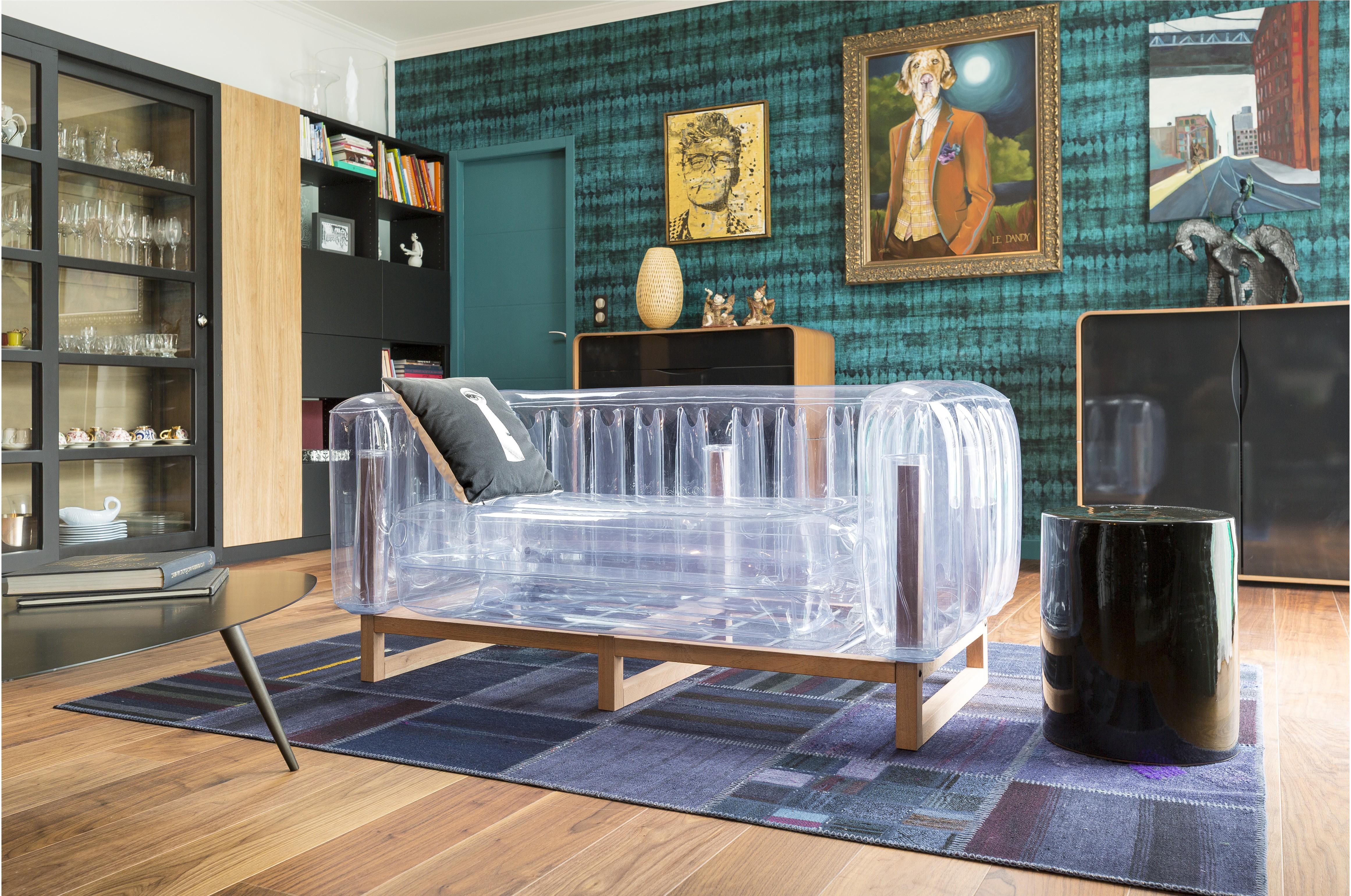 Canapé design et tendance en plasitque imaginé par MOJOW