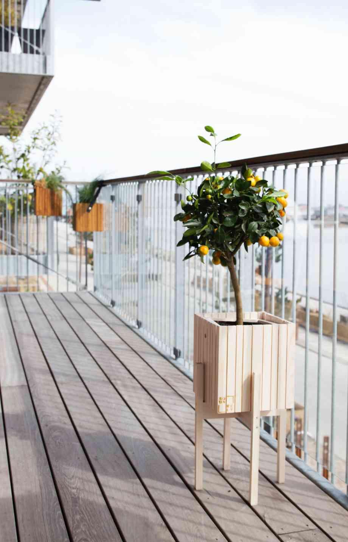 Bois Pierre Composite Comment Entretenir Le Sol De Sa Terrasse