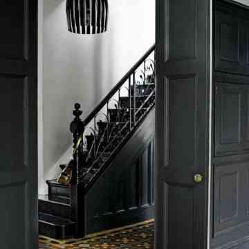 Escalier gris anthracite